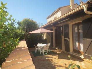 Belle villa vacances 10 Personnes Climatisation/terrasse/jardin/plage a 5 min