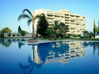 Apartment La Malaguena en Torremolinos con piscina y parking gratis.