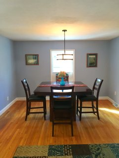 Large dining room and table seats 6