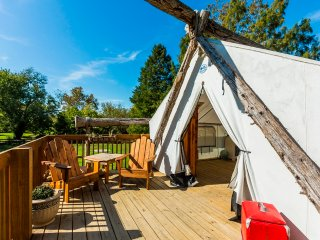 Waterfront Luxury Glamping & Adventures
