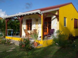 Bungalow Toumblak** -  Les Palmes du Moulin - Location de gîtes à Marie-Galante