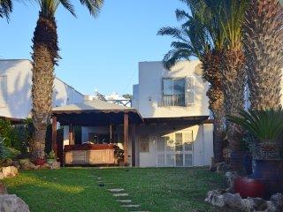 Stunning Sea Front Villa With Hot Tub sleeps 6 to 10 people