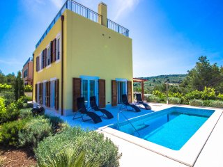 Villa Brac Hill Hera with Pool