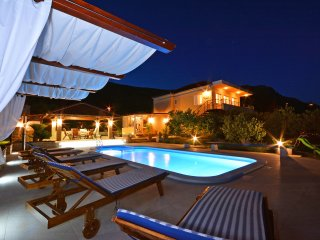 Villa Olive Split with Heated Pool
