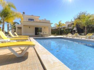 4 bedroom Villa in Praia do Carvoeiro, Faro, Portugal : ref 5575047
