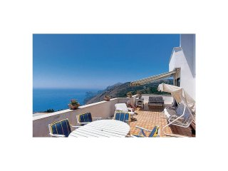 3 bedroom Villa in Torca, Campania, Italy : ref 5575039