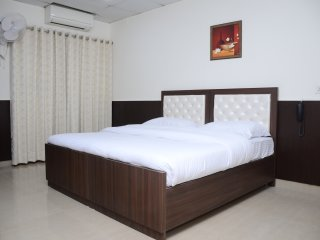 7 Days Service Apartment (Deluxe Room 1)
