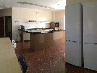Alojamiento Grandes Dimensiones en pleno centro de Jerez