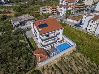 Comfortable and spacious house Stobrec, Split (K-14700)