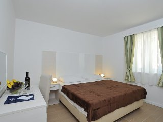 Corte Privlaka - Two bedroom apt 1 terrace - 5p
