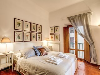 Your 3 Bedroom Piazza Navona Apartment