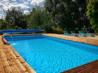 Large 4 Bedroom Farmhouse With Stunning Heated Swimming Pool For Exclusive Use