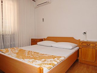 Guesthouse Panorama Metajna One bedroom apartment 4 with balcony 4p