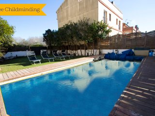 12% off for remaining dates! Villa in Tordera for 7 guests, only 6km to the beac