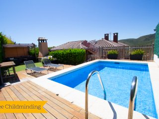 Catalunya Casas: Stunning mountain views Villa in 'El Vendrell' for 6-7 people!