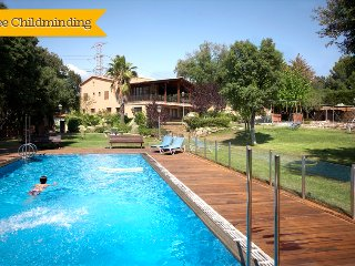 Catalunya Casas: Masia Matadepera for 14 guests, only 25km from Barcelona!