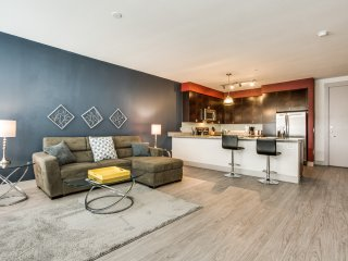 Fabulous Apartment at Ilume Park