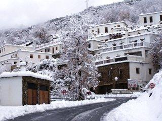 CASA DE LA ERMITA, alojamiento rural en Bubion, la Alpujarra, Granada