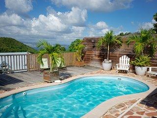 Charmante Villa avec Piscine et Vue Imprenable sur la mer des Caraibes