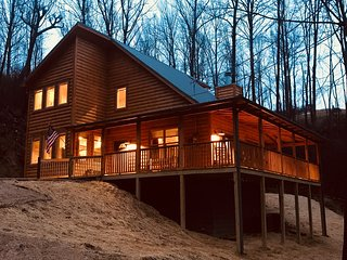 Beautiful New 2 Bdrm Mountain Cabin located in the most sought after rental area