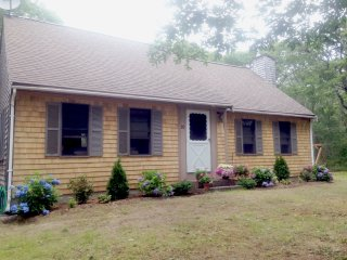 #427:  Quiet walk to the beach, bayside, updated home, dog friendly!