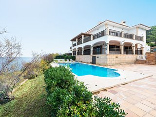 CANTERAS:) Majestuosa villa para 12 personas en Capdepera
