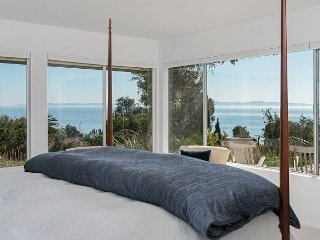 Hillside Retreat w/ Panoramic Ocean Views, Private Pool & Hot Tub