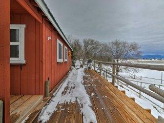 NEW! Cozy Kalispell Cabin - 20 Min to Glacier Park