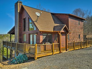NEW! 3BR Marble Cabin w/Long Range Mountain Views!