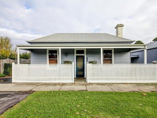 Lorna Cottage - Port Fairy, VIC