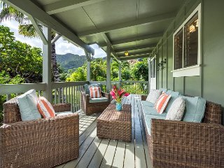 Remodeled Hanalei Home,Walk to the Beach/Hanalei Town!