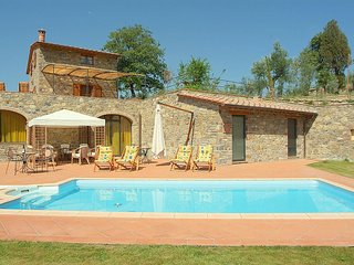 4 bedroom Villa in Gaiole in Chianti, Tuscany, Italy : ref 5228802