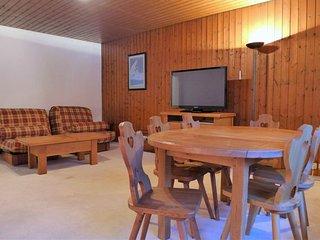 1 bedroom Apartment in Chamonix, Auvergne-Rhône-Alpes, France : ref 5051287