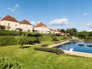 3 bedroom Villa in Tuiliere, Nouvelle-Aquitaine, France : ref 5049657