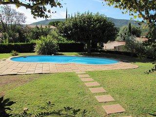 Superbe villa composee de 5 chambres pour 9 couchages avec piscine privee