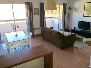 Appartement T2 tout confort avec piscine