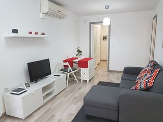 APARTAMENT COLLBLANC BARCELONA ZONA CAMP  NOU