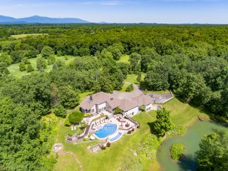 NEW! Gated 31 Acre Modern Luxury Estate*Pool*Gym*Hot Tub*Movie Theater*