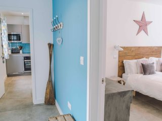 Hall, Bedroom, Living room