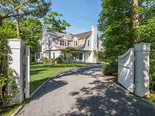 Estate In The Exclusive Georgica Pond Section Of East Hampton