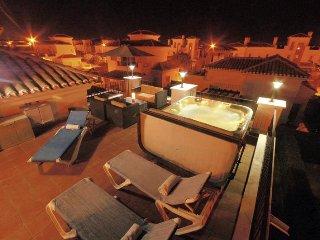 Luxury Spa and golf villa Denton