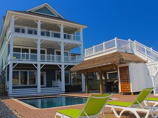 Fanta Sea a Brand New 9 Bedroom Oceanfront Home w/ FREE H2OBX Tickets
