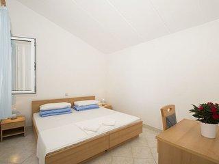 1 bedroom Apartment in Lumbarda, Dubrovačko-Neretvanska Županija, Croatia : ref
