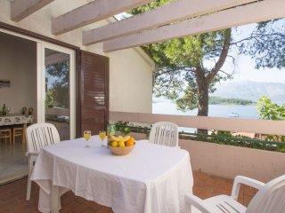 1 bedroom Apartment in Lumbarda, Dubrovacko-Neretvanska Zupanija, Croatia : ref