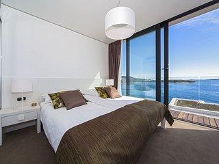 2 bedroom Apartment in Primošten, Croatia - 5556867