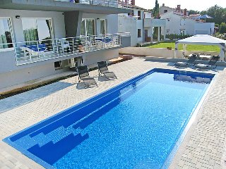 2 bedroom Apartment in Banjole, Istarska Zupanija, Croatia : ref 5083047