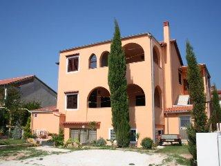 JELA HOUSE