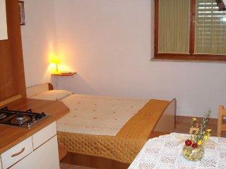 Apartment 14938