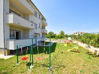 2 bedroom Apartment in Šilo, Primorsko-Goranska Županija, Croatia : ref 5029792