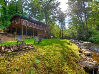 Cabin on the Creek 1117